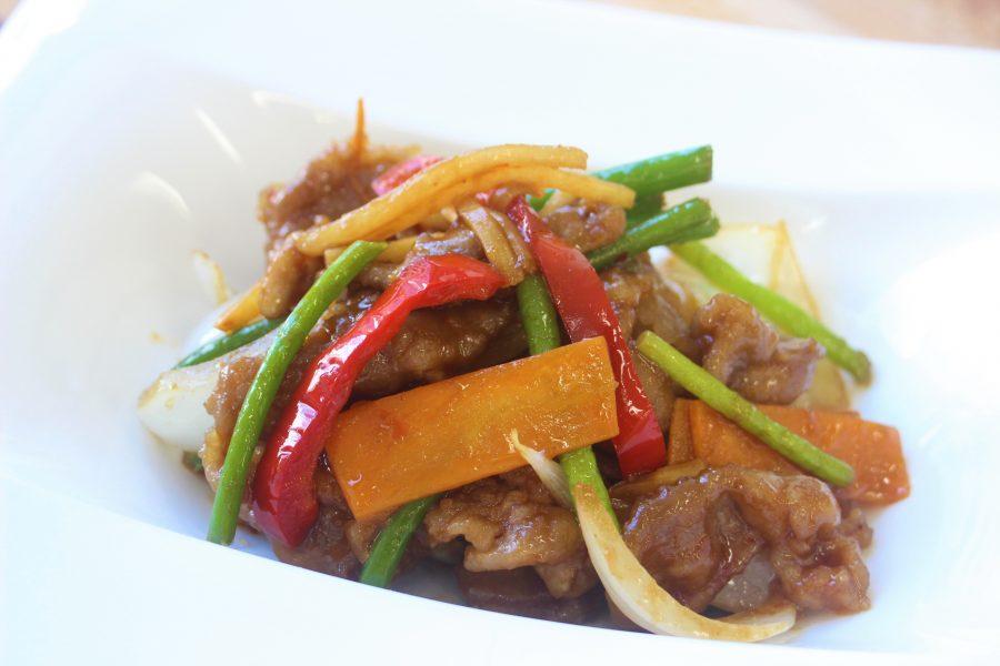豚肉とにんにくの芽の味噌炒め