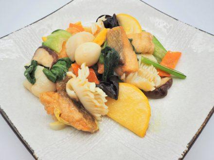 サケの八宝菜